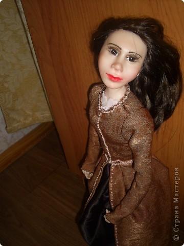 Лепила куклу цыганку, но не получилась она цыганкой, давно хотела создать ей подходящий образ. Костюмом опять не довольна. Надо учиться шить... фото 6