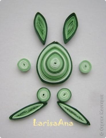 Вот такие зайчики магнитики можно сделать в форме пасхального яйца. Высота 8 см. Ширина полоски 3мм, диаметр приблизительно 31. Количество полосок зависит от плотности бумаги. фото 2