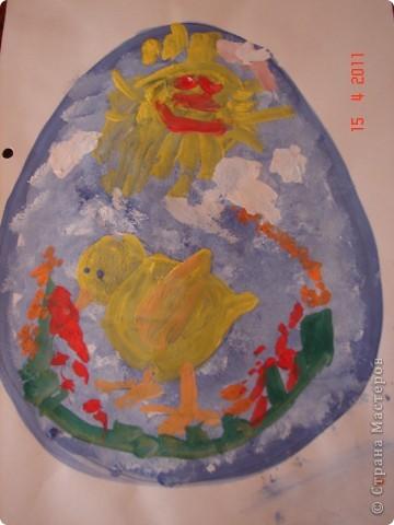 Богатырь с женой и дитяткой. Пластилин. Внутри бутылка из под йогурта, в ней крупа. Идея работы принадлежит замечателному нашему педагогу Ларисе Викторовне. фото 12