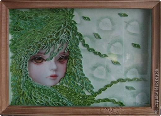 Срочно понадобился подарок хорошей знакомой мужа на день рождения. Набив руку в создании таких девочек (http://stranamasterov.ru/node/135898 - одна из них), я решила сделать зелененькую - у меня оказалось пять оттенков этого цвета. Здесь картинка без стекла. фото 2