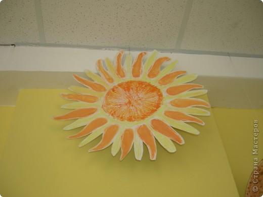 Солнечную систему создавали всей школой. Каждый класс рисовал 1 объект фото 3