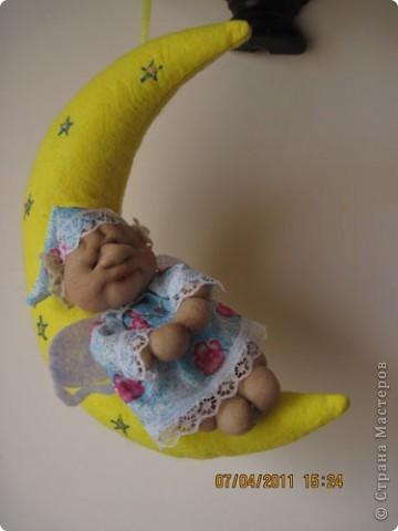 Очень мне понравилась идея со сплюшкой на месяце. Решила воплотить. Теперь это любимая кукла. фото 1