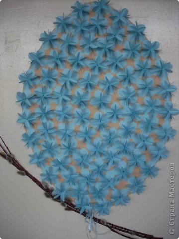 Неделю живу без фотоаппарата, поэтому только сегодня выкладываю пасхальную композицию из цветочков. фото 1