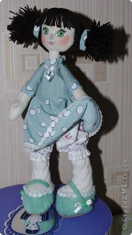 Кукла Иришка.  Назвала её так в честь Мастера Феи, которая вдохновила меня своими замечательными куклами  фото 4