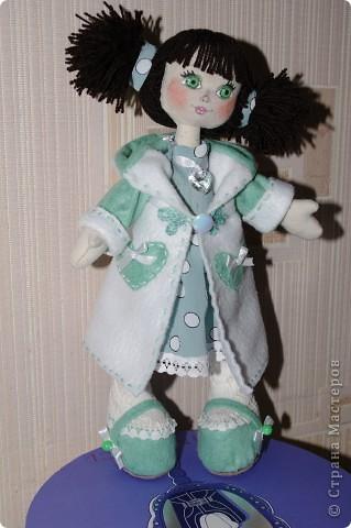Кукла Иришка.  Назвала её так в честь Мастера Феи, которая вдохновила меня своими замечательными куклами  фото 2
