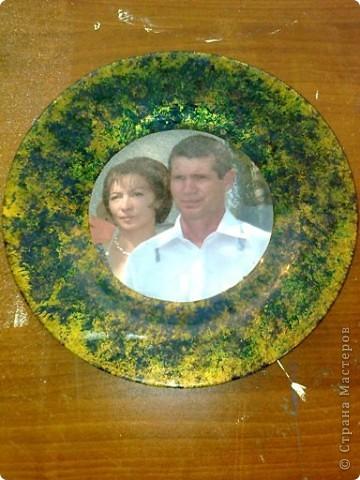 решила сделать тарелочку-портрет, на память своим детям фото 1