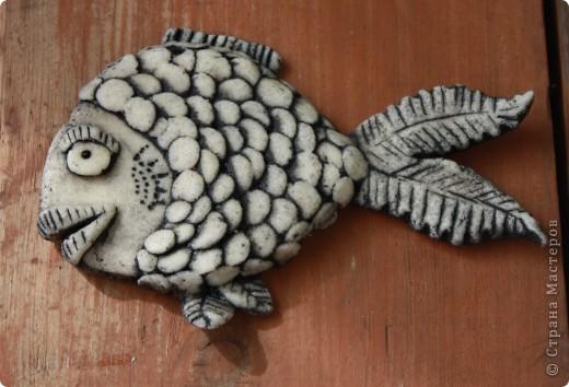 """Вторая попытка полепить из соленого теста. Вот моя """"золотая рыбка"""". Спасибо """"Светлячок и К"""" за идею по раскраске. Вот тут МК - http://stranamasterov.ru/node/177348 фото 1"""