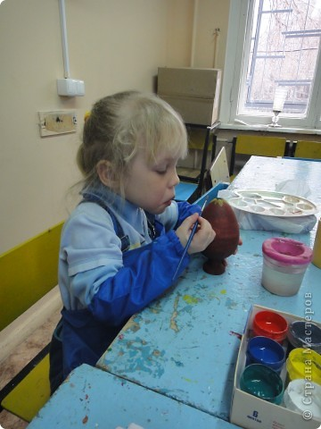Решила предложить своим мастерам расписать яйцо, используя славянскую символику. фото 4