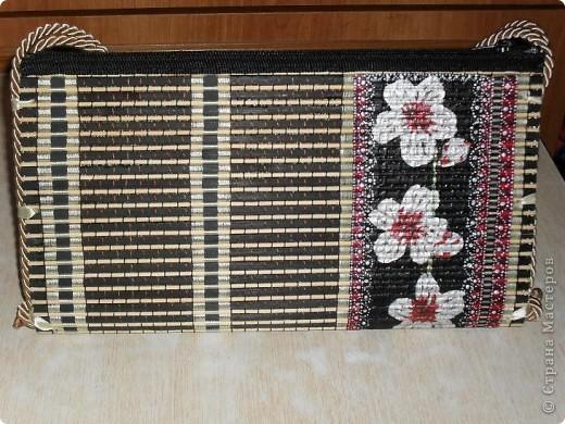 Смастерила для дочери летнюю сумку из бамбуковой салфетки. фото 1