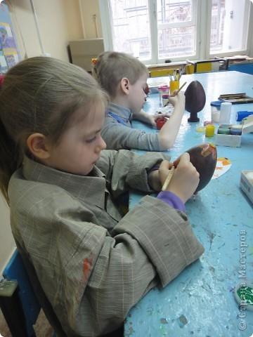 Решила предложить своим мастерам расписать яйцо, используя славянскую символику. фото 7