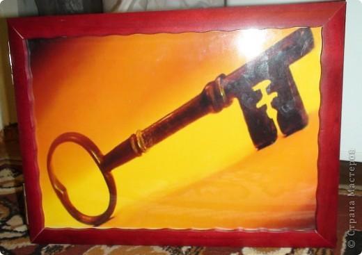 Эту ключницу я выпрасила у мужа, чтобы он мне ее сделал . Мы живем в небольшом городе и купить такую вещь у нас нет возможности, её просто не продают. Поэтому мы решили сделать своими руками. фото 1