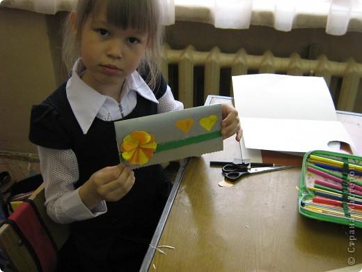 Увидела украшение здесь: http://scraphouse.ru/ideas/postcards/decoration-flower-cards.html. Использовали в работе. Деткам понравилось. фото 4