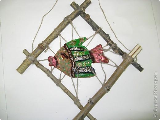 """Рыбки из глины роспись акриловыми красками для керамики. Работы детей . Эти работы учавствовали в конкурсе """"Славное море 2009 год.""""  фото 4"""