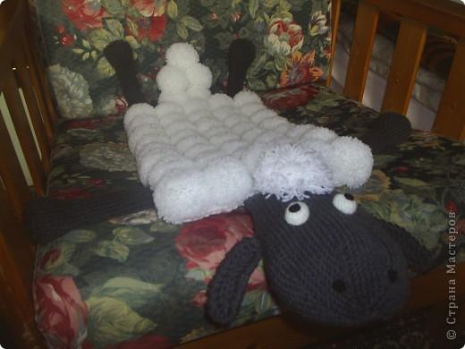 Этот коврик - подарок внучке на новый год. Овечка Шон - один из ее любимых мультяшных героев. фото 2