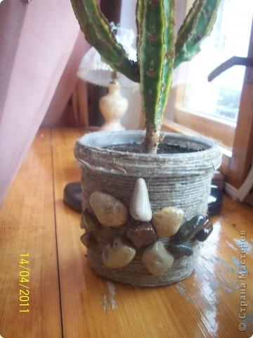 Картон обмотан шпагатом и сверху- красота из ракушек. фото 5
