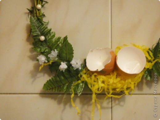 вот такие простенькие в исполнении веночки выгодно украсят ваш дом или офис в преддверии праздника. фото 10
