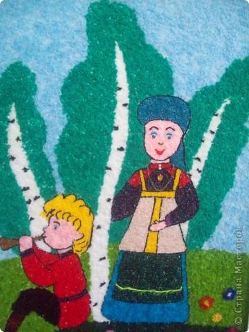 Вот такую картину сделали воспитанники нашего детсада вместе с педагогом по ИЗО на конкурс о родном крае. Картина выполнена из нарезанной пряжи.  фото 2