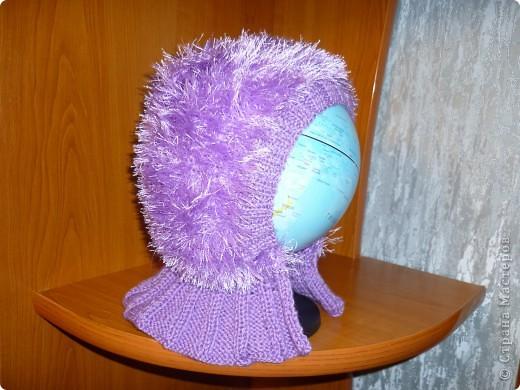 моделью выступил глобус, потому, что та которой предназначена эта шапка очень далеко от меня((( фото 1