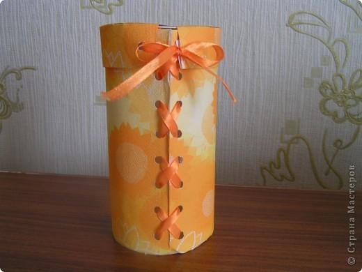 Старшая дочь смастерила вот такую упаковочку для домашнего куличика в подарок! Мне кажется очень мило фото 1