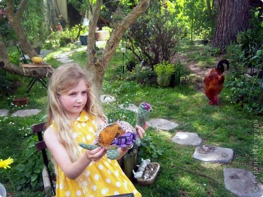 На каникулах можно и поучиться делать русских куколок-оберег. фото 7
