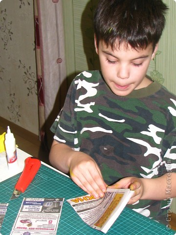 Насмотревшись на меня сын решил сделать свою, личную плетеночку для пасхи. Решил делать плетеночку по МК vista (http://stranamasterov.ru/node/59091?tid=451%2C302) спасибо ей большое! Из фоток дальше понятно, что он делал... фото 3
