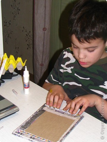 Насмотревшись на меня сын решил сделать свою, личную плетеночку для пасхи. Решил делать плетеночку по МК vista (http://stranamasterov.ru/node/59091?tid=451%2C302) спасибо ей большое! Из фоток дальше понятно, что он делал... фото 5