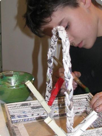 Насмотревшись на меня сын решил сделать свою, личную плетеночку для пасхи. Решил делать плетеночку по МК vista (http://stranamasterov.ru/node/59091?tid=451%2C302) спасибо ей большое! Из фоток дальше понятно, что он делал... фото 7