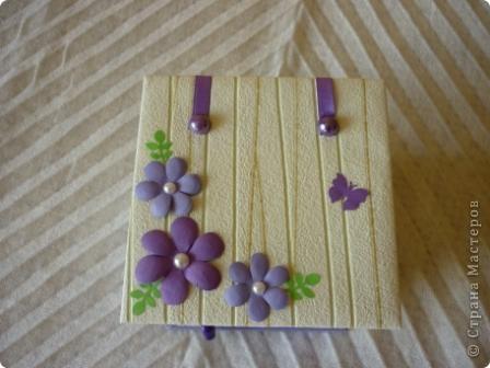 Комодик из спичечных коробков и открытка с вышитым ежиком. фото 3