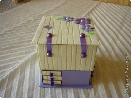 Комодик из спичечных коробков и открытка с вышитым ежиком. фото 4