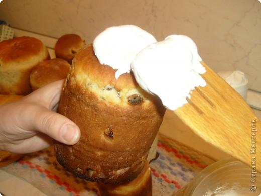 Каждый год мы, православные ждем праздника Пасха. И каждый год сталкиваемся с вопросом, как же испечь кулич. Я хочу поделиться своим рецептом, который уже радует нас не один год. фото 38