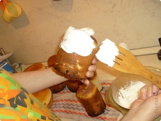 Каждый год мы, православные ждем праздника Пасха. И каждый год сталкиваемся с вопросом, как же испечь кулич. Я хочу поделиться своим рецептом, который уже радует нас не один год. фото 39