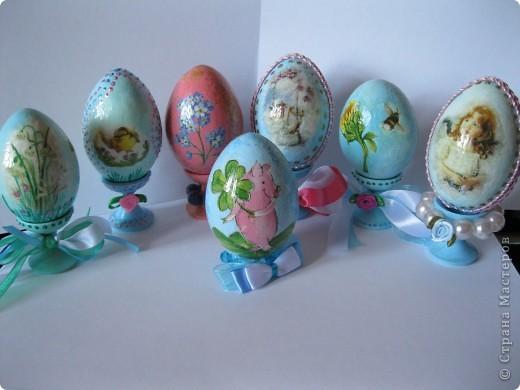 Все яйца выполнены в технике декупаж. фото 1