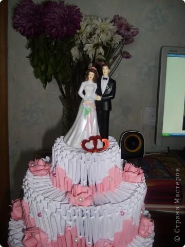 Вот такой тортик я подарила своей сестре на венчание все любовались а съесть то нельзя а так хотелось фото 3