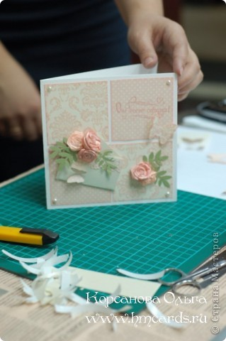 26 марта, по просьбе некоторых моих читательниц я проводила небольшой МК для начинающих, где мы делали простую и очень красивую открытку.  фото 7