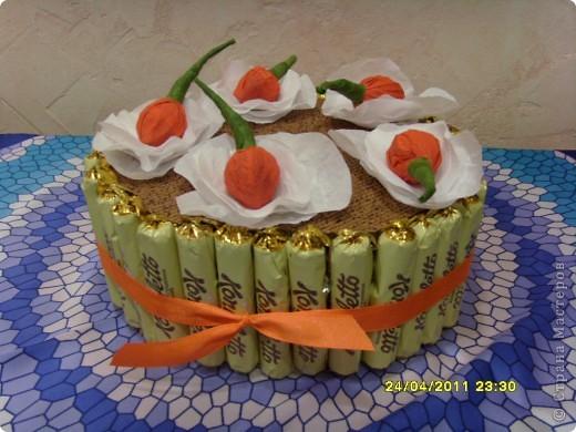Вчера у моей доченьки был день рождения... Такой тортик мы сделали для её школьных друзей... фото 2