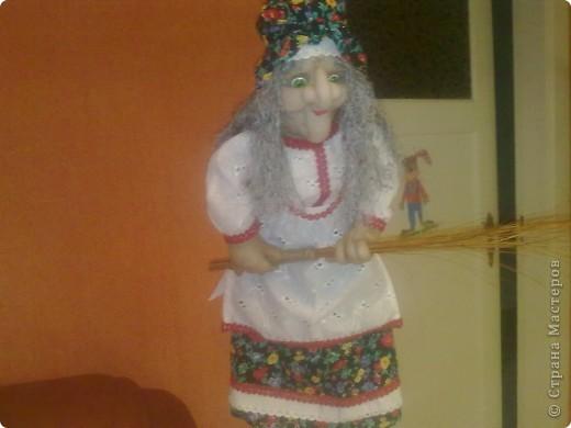 Бабушка Ягушка появилась и в моём доме.Но не надолго.Скоро уедет к маме в Россию в Нвосибирск.Моя мама просто не равнодушна к этому пкрсонажу.Правда пока её не видела но не сомневаюсь что понравится.Спасибо Ликме за МК! фото 2