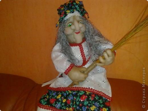 Бабушка Ягушка появилась и в моём доме.Но не надолго.Скоро уедет к маме в Россию в Нвосибирск.Моя мама просто не равнодушна к этому пкрсонажу.Правда пока её не видела но не сомневаюсь что понравится.Спасибо Ликме за МК! фото 1
