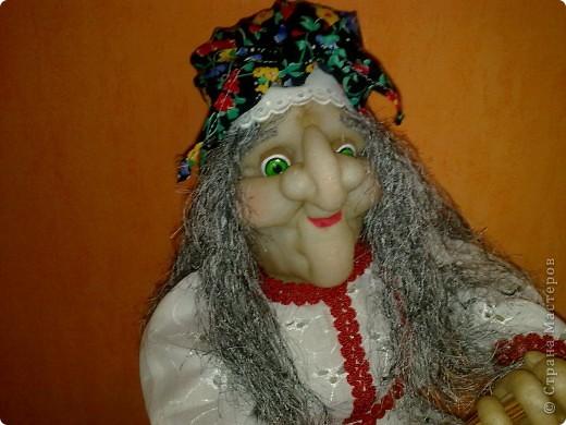 Бабушка Ягушка появилась и в моём доме.Но не надолго.Скоро уедет к маме в Россию в Нвосибирск.Моя мама просто не равнодушна к этому пкрсонажу.Правда пока её не видела но не сомневаюсь что понравится.Спасибо Ликме за МК! фото 4