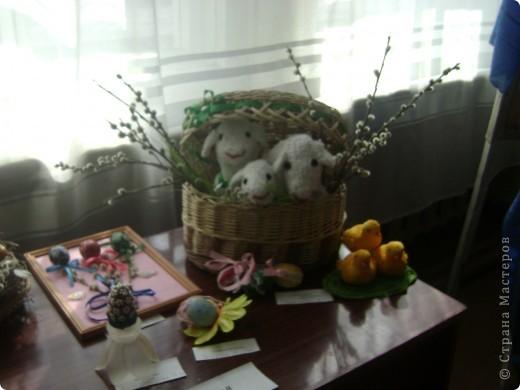 """Предлагаю вашему вниманию фоторепортаж с выставки """"Пасхальная радость 2009"""".  Яйцо из ниток. фото 39"""