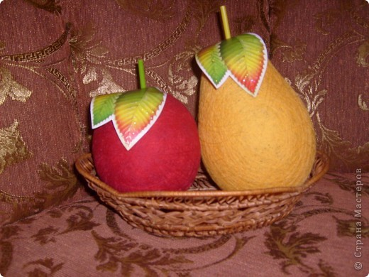 Груша и Яблочко из ниток)))