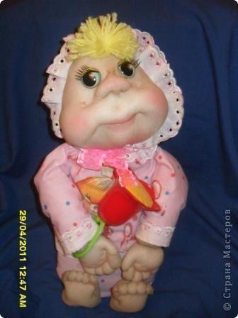 На юбилей подруги решила сшить ляльку. Вот такая малышка получилась. фото 4