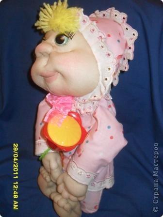 На юбилей подруги решила сшить ляльку. Вот такая малышка получилась. фото 2