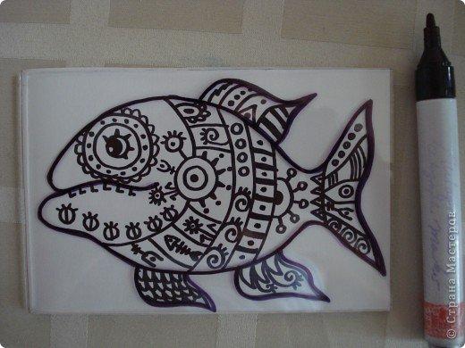 Вот такую симпатичную рыбку предлагаю нарисовать с помощью пластилина.Рисунок рыбки взяла из Галереи Ирины Матвеевой: http://iranirova1.gallery.ru/watch?a=yrf-blnB фото 5