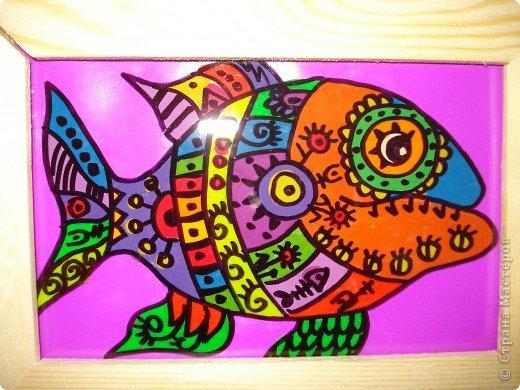 Вот такую симпатичную рыбку предлагаю нарисовать с помощью пластилина.Рисунок рыбки взяла из Галереи Ирины Матвеевой: http://iranirova1.gallery.ru/watch?a=yrf-blnB фото 11