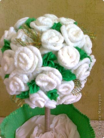 Деревце из роз решила сделать коллеге на свадьбу. фото 2