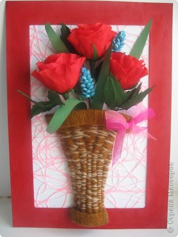 Эти розы я хотела сделать, как только увидела МК, который сделала для нас Наталия- 54 http://stranamasterov.ru/node/10626?c=favorite_a Спасибо ей огромное!!! А корзиночку я училась делать по МК Ольги Ольшак здесь http://stranamasterov.ru/node/146378 Спасибо, Ольга! фото 1