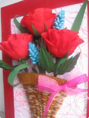 Эти розы я хотела сделать, как только увидела МК, который сделала для нас Наталия- 54 http://stranamasterov.ru/node/10626?c=favorite_a Спасибо ей огромное!!! А корзиночку я училась делать по МК Ольги Ольшак здесь http://stranamasterov.ru/node/146378 Спасибо, Ольга! фото 3