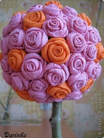 Здравствуйте уважаемые жители СМ!Наконец то пришла настоящая весна,зацвели абрикосы и на душе стало тепло и радостно!Захотелось сделать что-нибудь новенькое и цветущее,вдохновением послужили работы Олисандры  и её  МК роз из салфеток(спасибо большое).   Вот такое деревце получилось у меня. фото 2