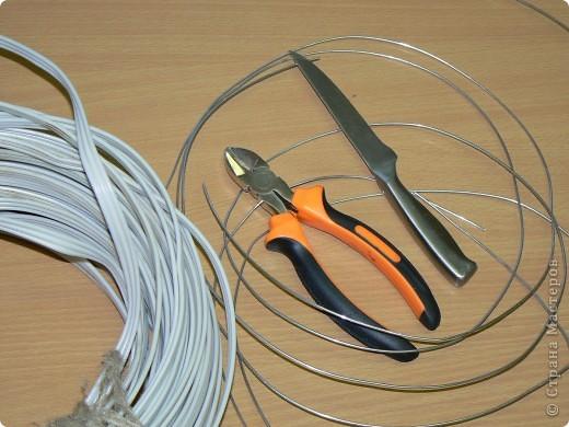 Настоящая кольчуга делается из стальной проволоки, имеет вес от 6 до 20 кг. фото 4
