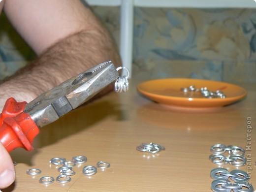 Настоящая кольчуга делается из стальной проволоки, имеет вес от 6 до 20 кг. фото 14